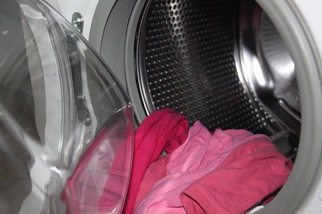 I detersivi per la lavatrice: in polvere o liquidi?