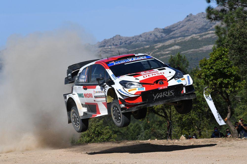 Ogier, Toyota nel rally di Sardegna domina