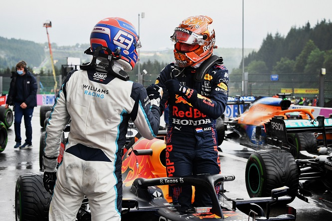 Formula 1: mai più la farsa. Siamo pronti a modificare orari e assegnare punti con più giri.